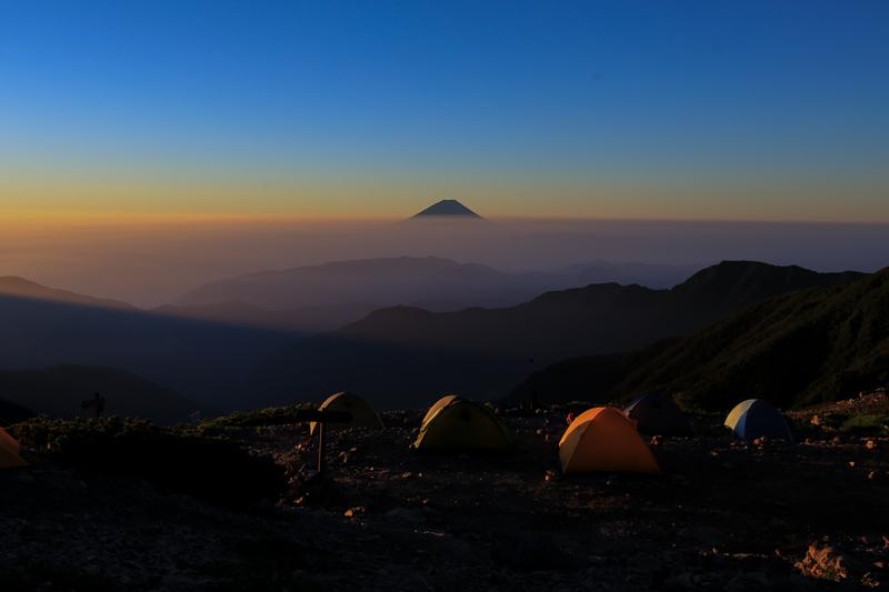 以前登った北岳4.jpg